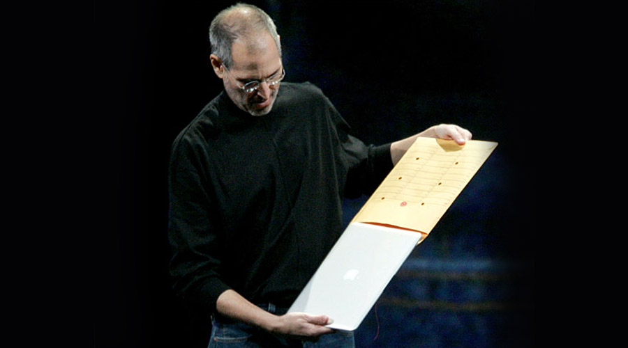 MacBook Air Envelope - Steve Jobs - Onigrama Apresentações