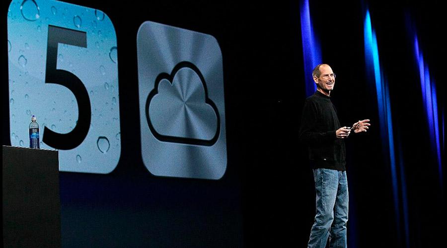 Slides com design simples e conciso - Steve Jobs - Onigrama Apresentações